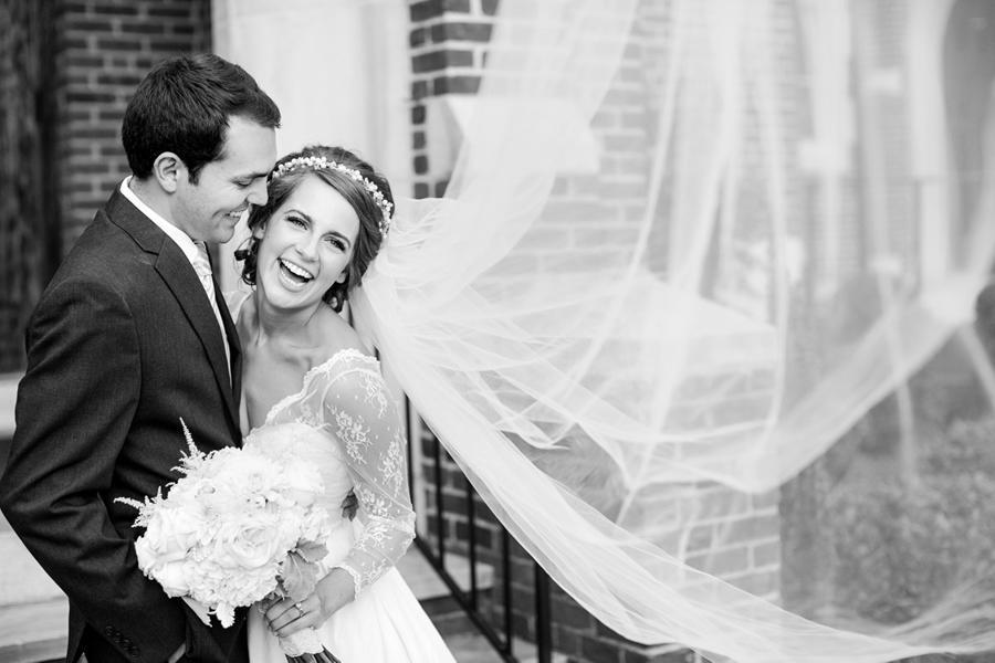 KatelynJamesPhotography_CoupleLaugh